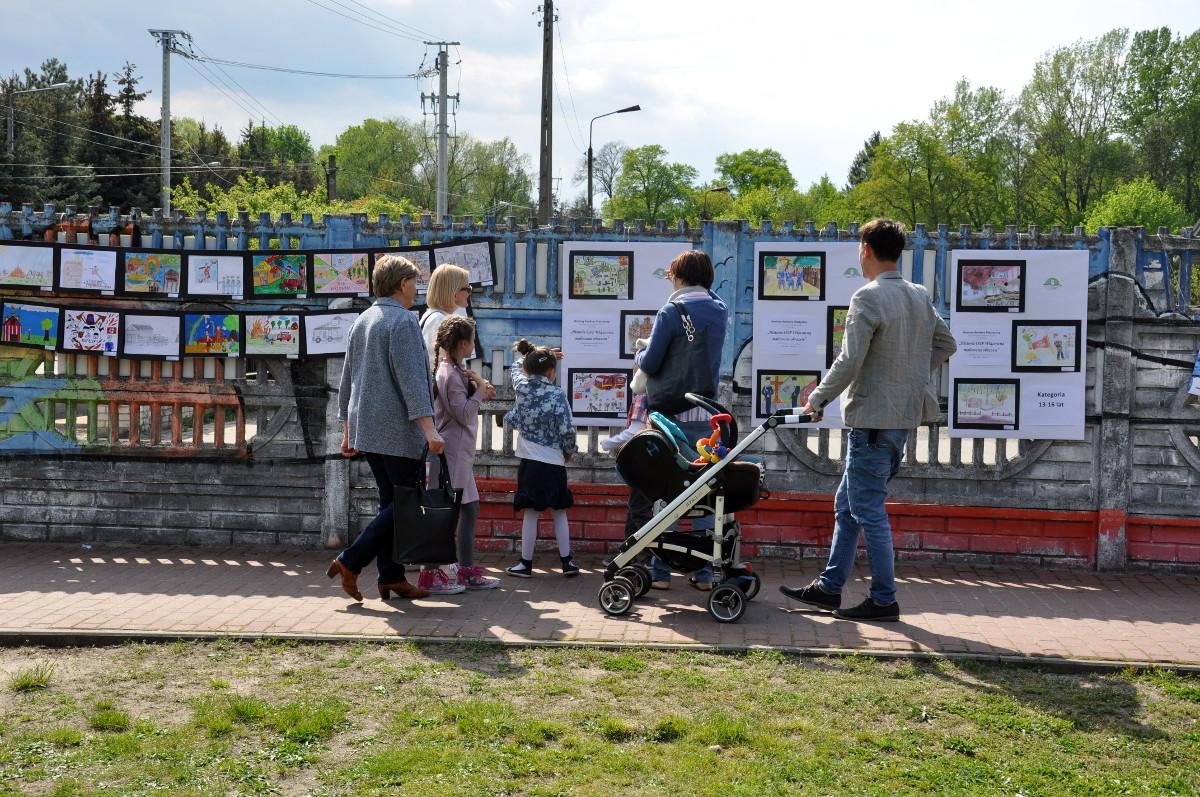 Nagrodzone prace wystawione podczas I Pikniku Czytelniczego w Wiązownie